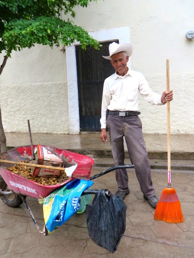 Francisco Valenzuela Zavala